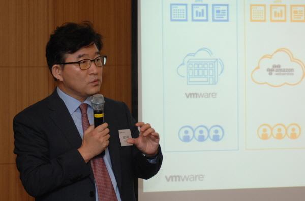 """VM웨어 """"멀티클라우드·디지털 업무환경 손쉽게 구현""""…보안 지원도 강화"""