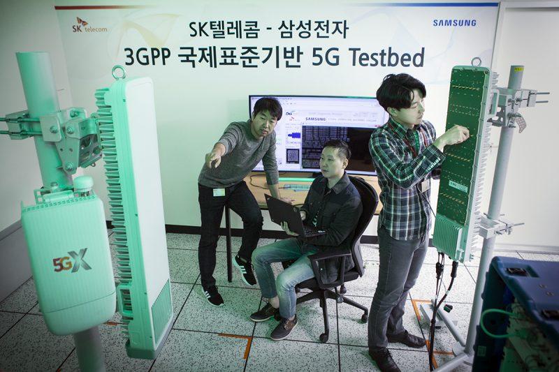 SK텔레콤, 삼성전자 상용 장비로 '5G 퍼스트콜' 성공