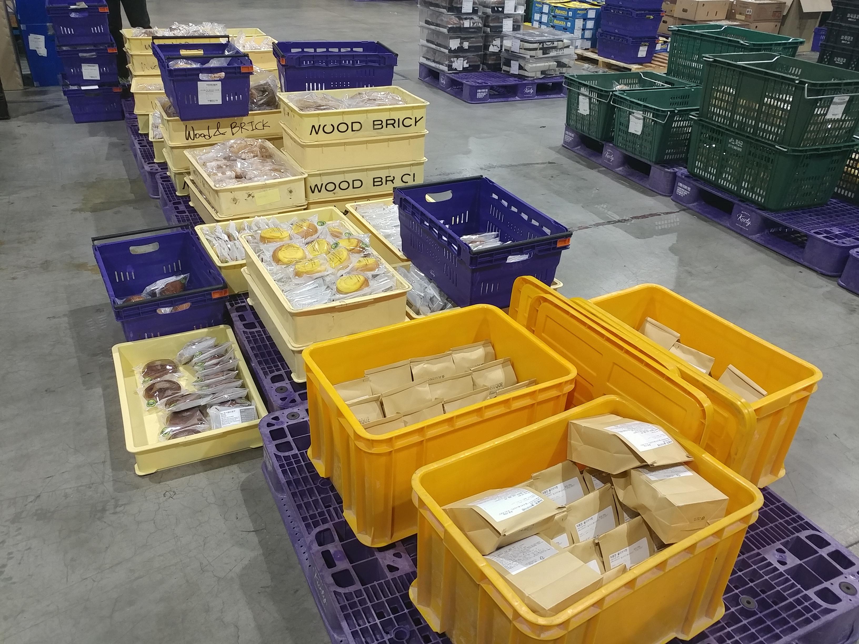 [엄지용의 물류 까대기] '오프라인'에서 찾은 온라인 신선식품 판매의 본질 外