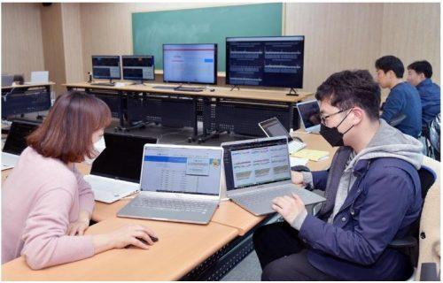 온라인 개학, IT 인프라가 100배 확장된 이야기